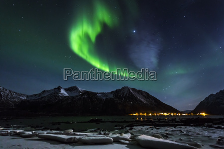 norwegen lofoten polarlichter polarlichter auf gimsoy