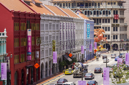 singapore chinatown view to row of