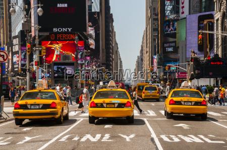 usa new yorck city manhattan yellow