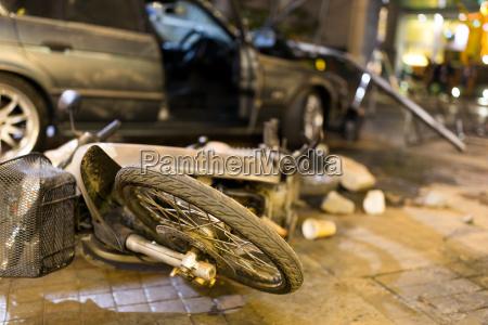 unfall mit autounfall