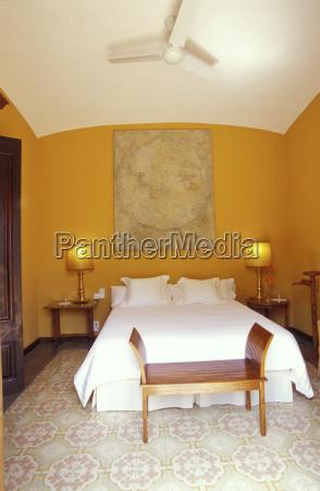 bett spanien mauer komfort fotografie photo
