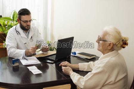 private medizinische praxis geld nimmt der