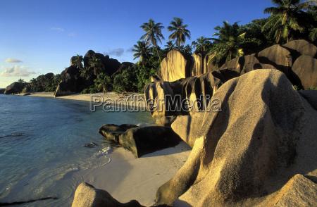 anse source dargent la digue seychelles