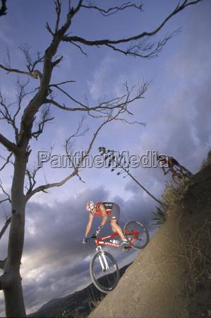blau sport wolke outdoor freiluft freiluftaktivitaet