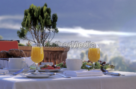 breakfast table close up