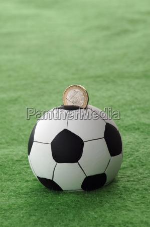 geld und fussballgeschaeft