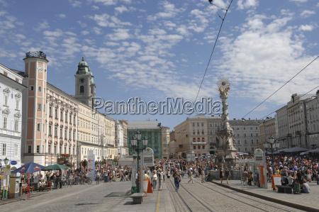 austria linz memorial dreifaltigkeitssaeule