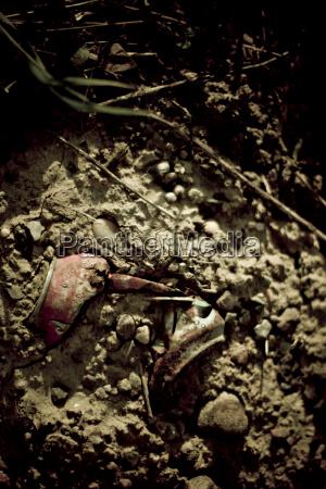 boden erdboden erde erdreich untergrund zerbrochen