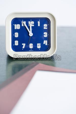 blau datum zeitpunkt zeitangabe jahreszahl deal