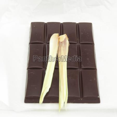 schokolade, mit, zitronengrasgeschmack, close-up - 21183413