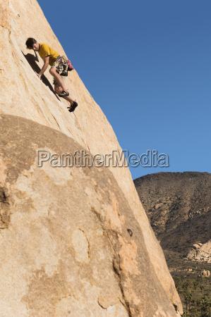 mann, klettern, auf, klippe - 21393733