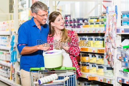 couple in hardware store arguing about