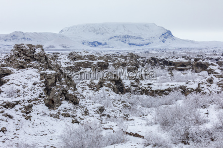 winterlandschaft dimmuborgir see myvatn island
