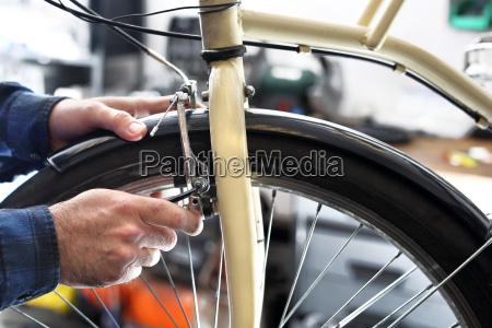technische ueberpruefung des fahrrades fahrradbremsen verstellbare