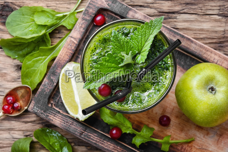 freshly, spinach, smoothie - 21823597
