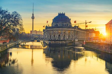 berlin, bei, sonnenaufgang - 21848687