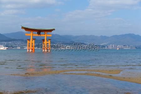 floating gate of itsukushima shrine in