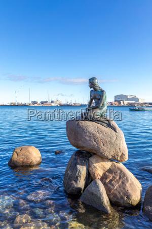kleine meerjungfrau statue kopenhagen