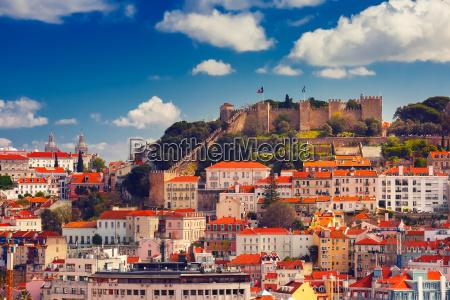historisches zentrum von lissabon an sonnigen