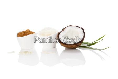 kokosnuss zucker und oel