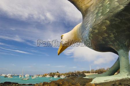 albatross statue die hafen santa cruz