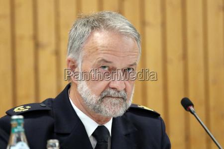 pressekonferenz endingen im mordfall carolin g
