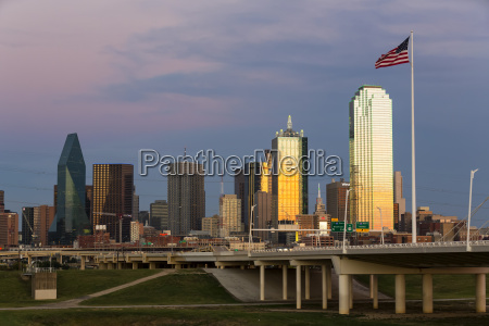usa texas dallas skyline at dusk