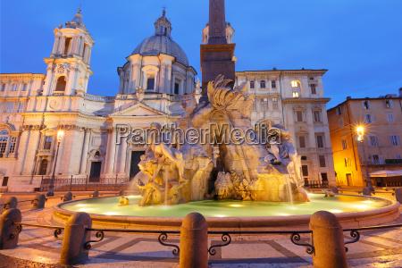 piazza navona platz in der nacht