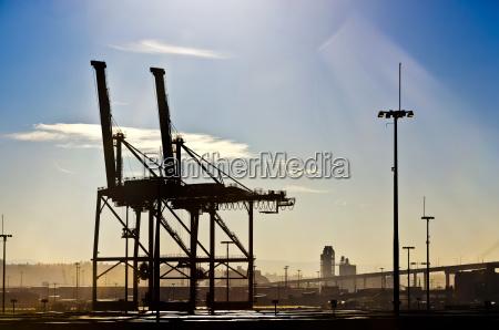 industrie industriell maschinerie hafen sonnenlicht horizontal