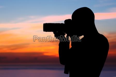 fotograf fotografiert im freien