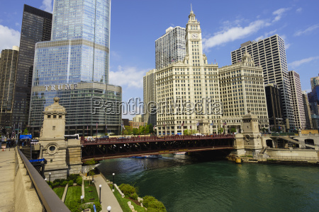 trump tower and wrigley building on
