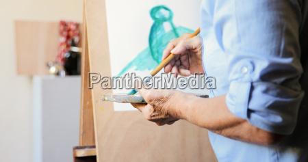 art school elderly people taking class