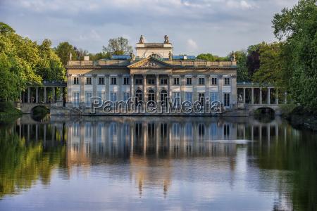 poland warsaw royal lazienki park palace