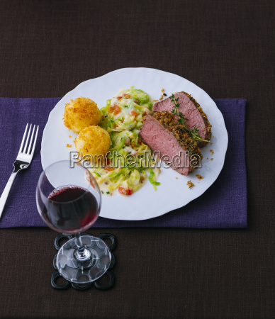 roastbeef with vegetables and potato croquettes
