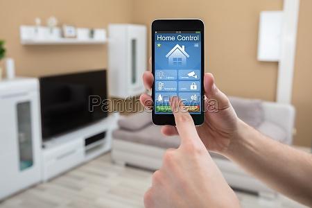 handy mit home control system auf