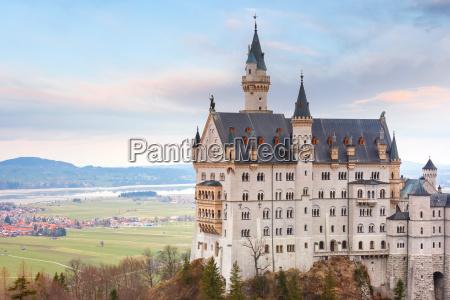 maerchenschloss neuschwanstein bayern deutschland