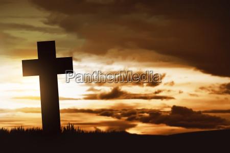 hoelzerne christliche kreuz