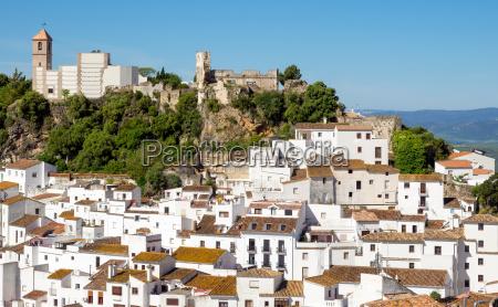 casares andalucia spanien 5 mai