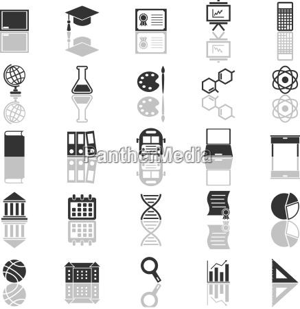 paedagogische ikonen mit reflexion auf weissem