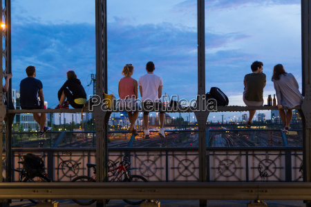young couples on romantic date on