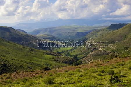 die berge und taeler von lesothoafrika