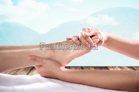 gesunde, fußmassage - 23018391
