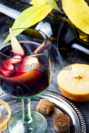 traditional summer drink sangria