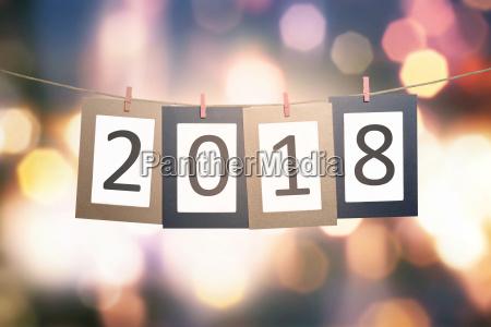 nummer 2018 auf pappe fuer das