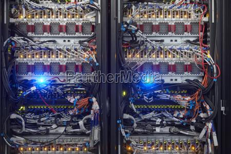 pc computer werkzeug innen farbe verbunden