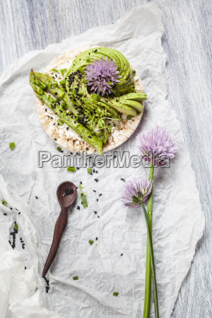 rice cakes with cream cheese avocado