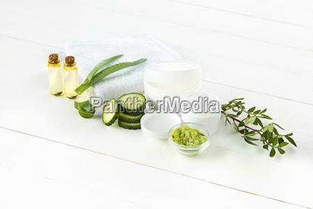 gurke und aloe kosmetische creme gesicht