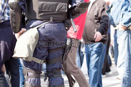 polizist strafverfolgungsbehoerden