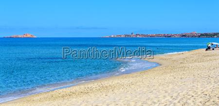 badesi strand urlaubsort sardinien