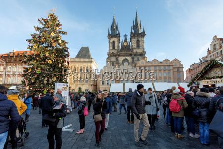 weihnachtsmarkt am altstaedter ring in prag